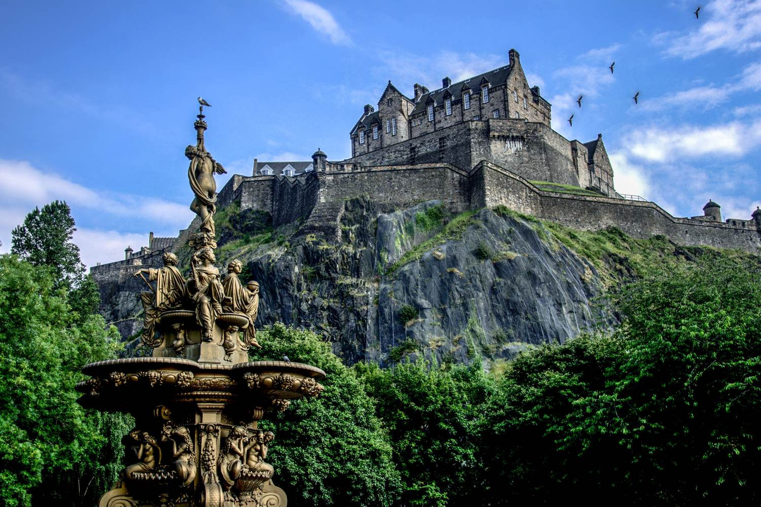 Edinburgh castle in summer