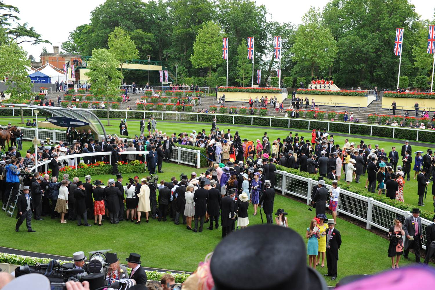 Formally dressed racegoers at Royal Ascot