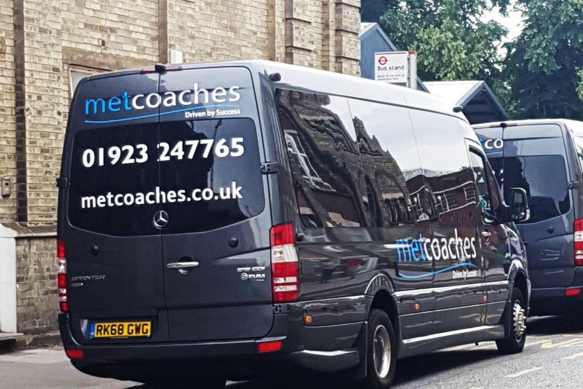 MET Coaches in Tottenham Hale
